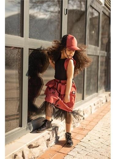 Hilal Akıncı Kids Kiz Çocuk Büzgülü Tül Detayli Etek Şerıt Detayli Bluz Şapka Üçlü Takim Kırmızı